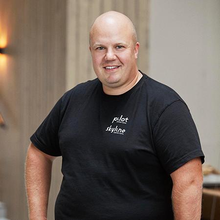 Marcus Högberg, Hankinta- ja henkilöstöjohtaja